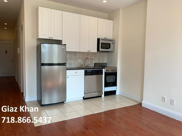 2 Bedrooms, Upper East Side Rental in NYC for $2,425 - Photo 2