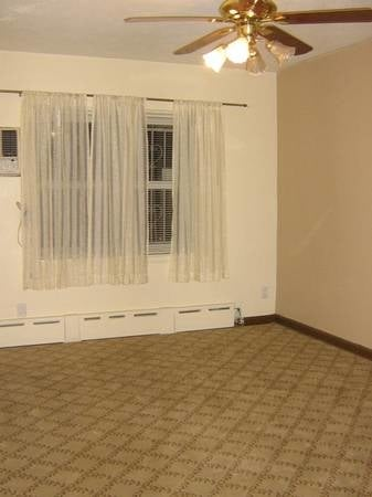 2 Bedrooms, Mill Basin Rental in NYC for $2,000 - Photo 2