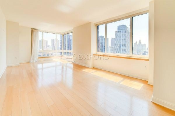 3 Bedrooms, Battery Park City Rental in NYC for $8,000 - Photo 1