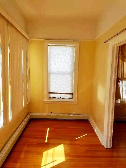 3 Bedrooms, Bensonhurst Rental in NYC for $2,200 - Photo 2