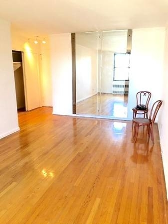 2 Bedrooms, Sheepshead Bay Rental in NYC for $1,788 - Photo 2