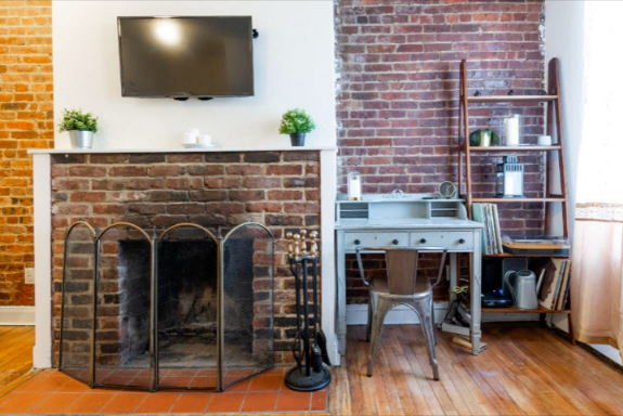 1 Bedroom, South Slope Rental in NYC for $2,299 - Photo 2
