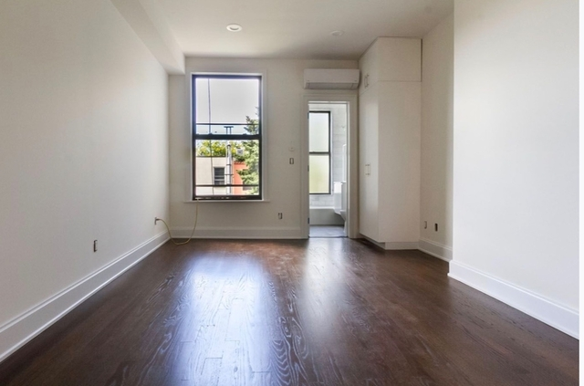 2 Bedrooms, Greenpoint Rental in NYC for $3,650 - Photo 2