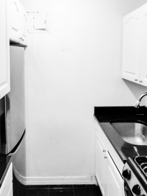 1 Bedroom, Murray Hill Rental in NYC for $2,792 - Photo 2