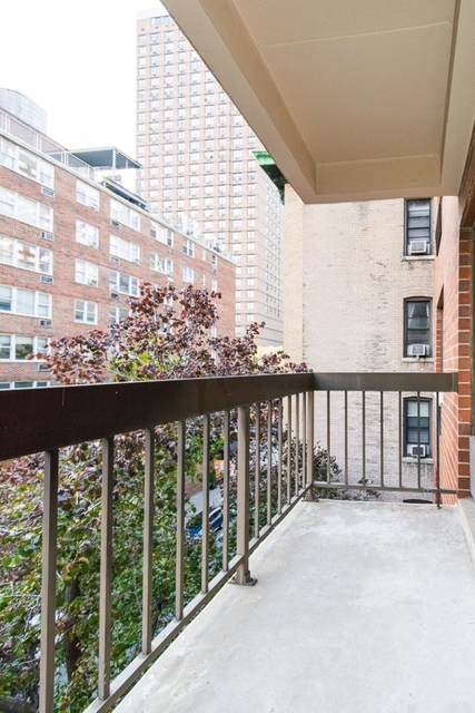 1 Bedroom, Rose Hill Rental in NYC for $3,325 - Photo 2