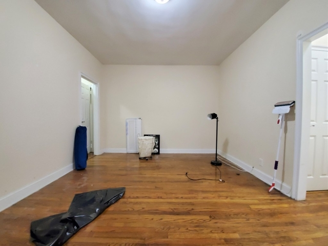 1 Bedroom, Woodside Rental in NYC for $2,075 - Photo 2