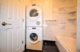 3 Bedrooms, East Williamsburg Rental in NYC for $3,070 - Photo 2