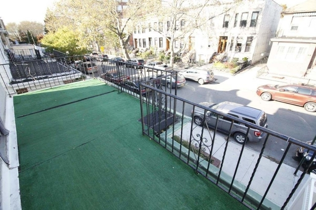 4 Bedrooms, Bay Ridge Rental in NYC for $2,800 - Photo 1