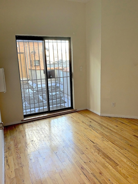 1 Bedroom, Upper West Side Rental in NYC for $2,588 - Photo 2