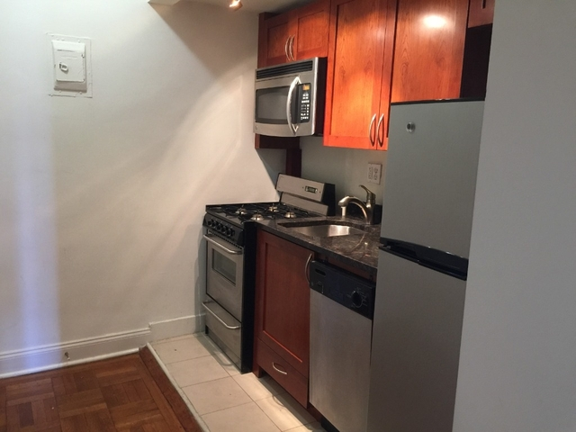 Studio, Upper West Side Rental in NYC for $2,340 - Photo 1