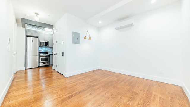 2 Bedrooms, East Williamsburg Rental in NYC for $3,256 - Photo 1