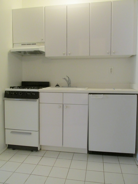 Studio, Murray Hill Rental in NYC for $2,383 - Photo 2
