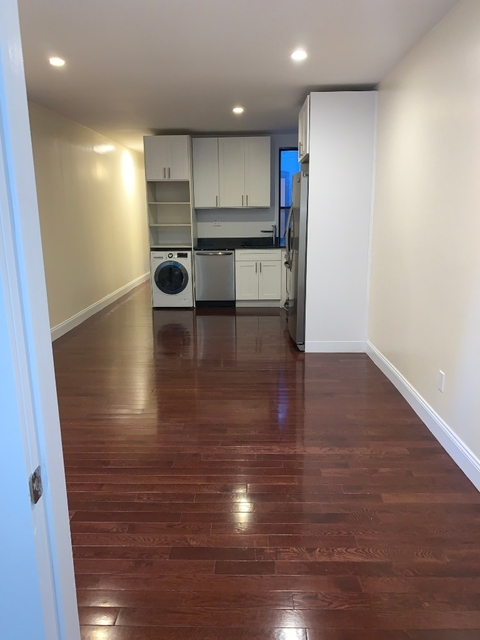 3 Bedrooms, Crown Heights Rental in NYC for $3,070 - Photo 2