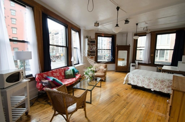 Room, Tribeca Rental in NYC for $2,500 - Photo 2