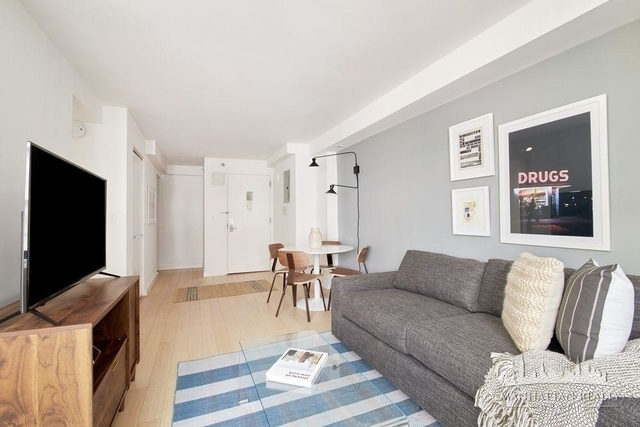 1 Bedroom, Chelsea Rental in NYC for $4,090 - Photo 2