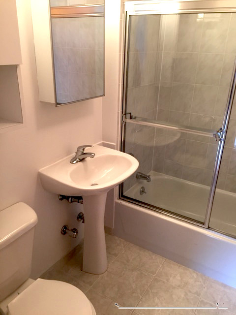 2 Bedrooms, Astoria Rental in NYC for $1,995 - Photo 2