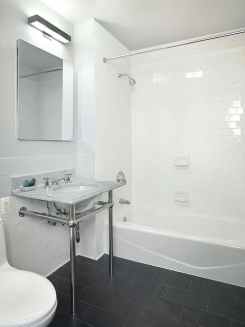 1 Bedroom, Boerum Hill Rental in NYC for $3,890 - Photo 2