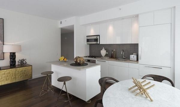 2 Bedrooms, Midtown East Rental in NYC for $7,380 - Photo 2