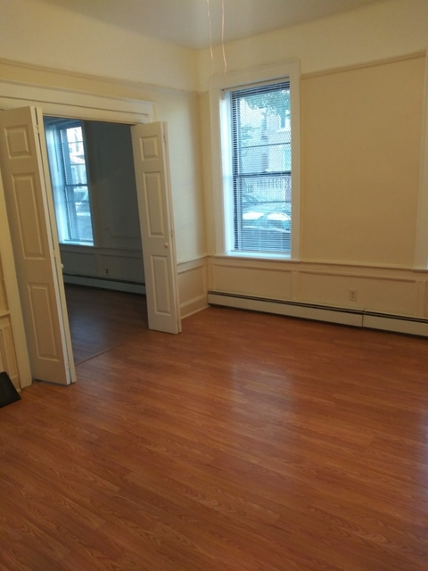 2 Bedrooms, Weeksville Rental in NYC for $1,799 - Photo 2