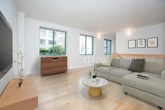 1 Bedroom, West Village Rental in NYC for $6,725 - Photo 2