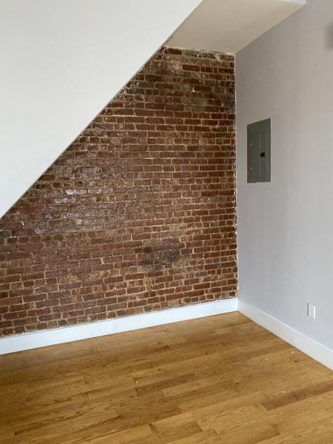 3 Bedrooms, Bedford-Stuyvesant Rental in NYC for $2,975 - Photo 2