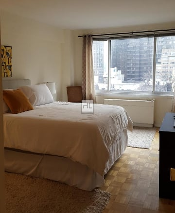 2 Bedrooms, Turtle Bay Rental in NYC for $3,650 - Photo 2
