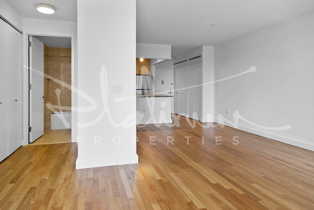 Studio, Financial District Rental in NYC for $3,205 - Photo 2