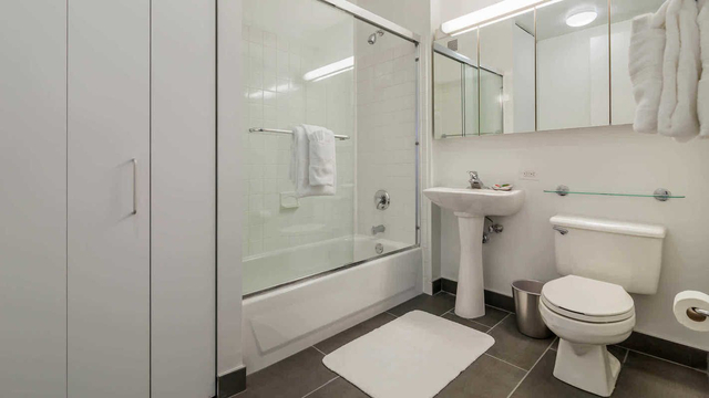 2 Bedrooms, Chelsea Rental in NYC for $6,884 - Photo 1