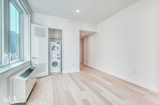 Studio, Financial District Rental in NYC for $2,930 - Photo 2