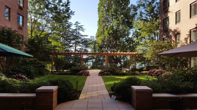 2 Bedrooms, Battery Park City Rental in NYC for $5,400 - Photo 2