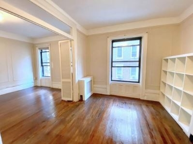 2 Bedrooms, Morningside Heights Rental in NYC for $3,100 - Photo 1