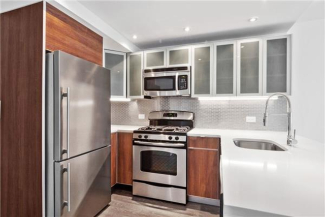 1 Bedroom, Chelsea Rental in NYC for $5,830 - Photo 2