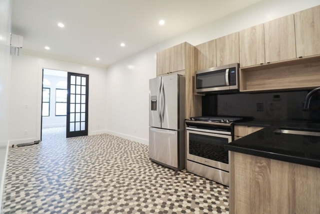 2 Bedrooms, Prospect Heights Rental in NYC for $6,000 - Photo 2