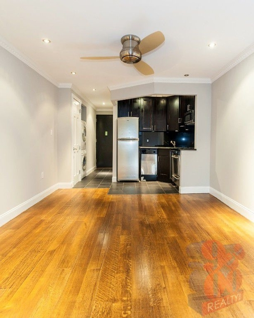 1 Bedroom, Rose Hill Rental in NYC for $3,133 - Photo 2