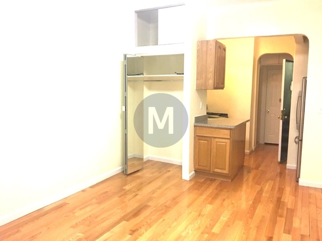 Studio, Sutton Place Rental in NYC for $2,051 - Photo 2