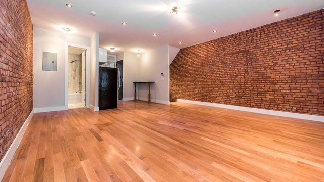 3 Bedrooms, Bushwick Rental in NYC for $4,400 - Photo 1
