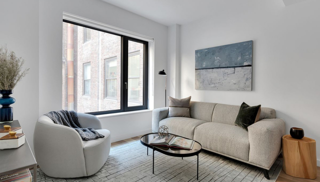 2 Bedrooms, Chelsea Rental in NYC for $5,700 - Photo 1