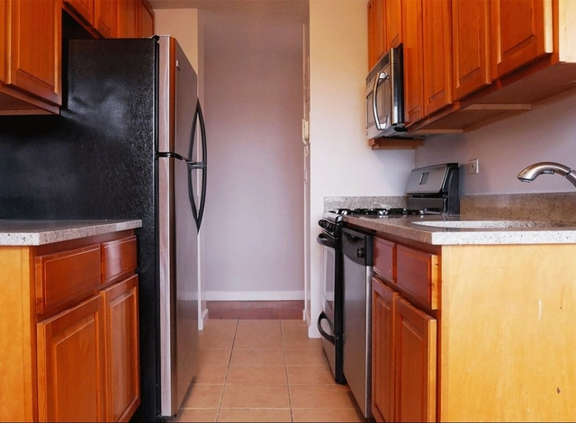 2 Bedrooms, South Slope Rental in NYC for $3,395 - Photo 1