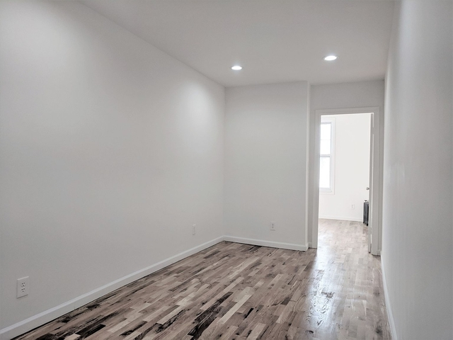 3 Bedrooms, Ridgewood Rental in NYC for $2,677 - Photo 2