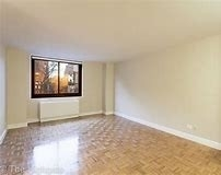 Studio, Yorkville Rental in NYC for $3,095 - Photo 2