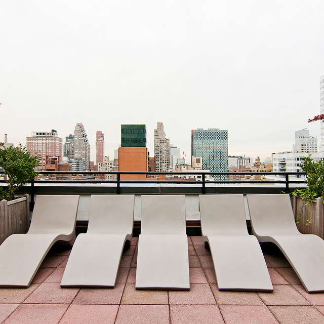 2 Bedrooms, Upper East Side Rental in NYC for $5,675 - Photo 2