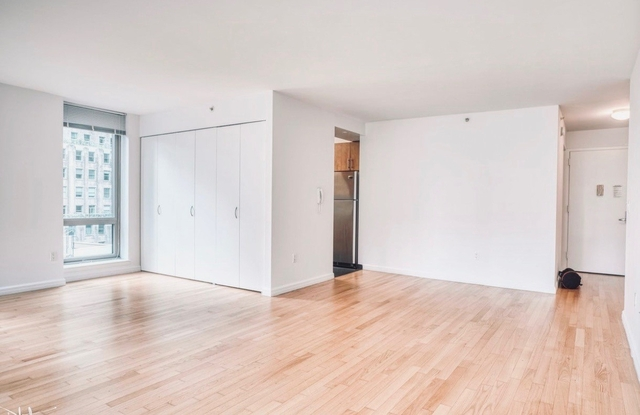 2 Bedrooms, Financial District Rental in NYC for $5,695 - Photo 1