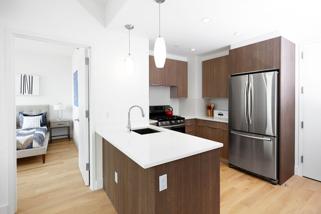 1 Bedroom, Long Island City Rental in NYC for $2,773 - Photo 2