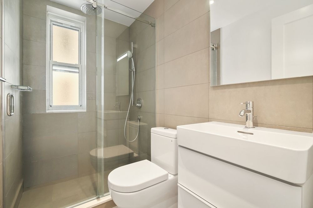2 Bedrooms, Gramercy Park Rental in NYC for $4,938 - Photo 2