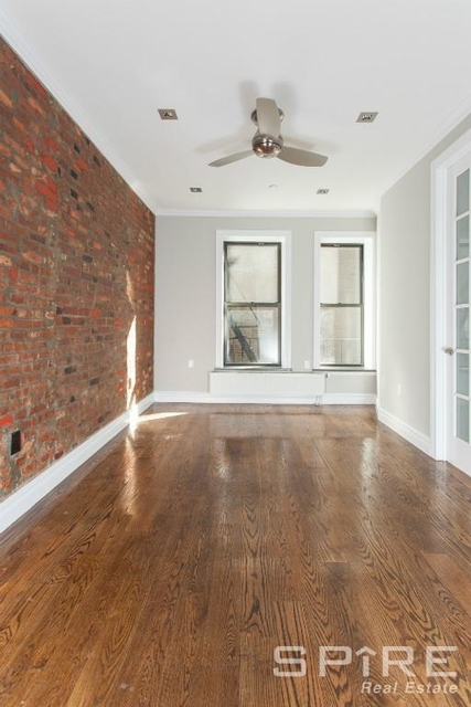 3 Bedrooms, East Village Rental in NYC for $5,095 - Photo 2