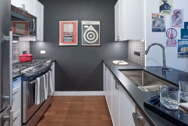 2 Bedrooms, Chelsea Rental in NYC for $9,610 - Photo 2