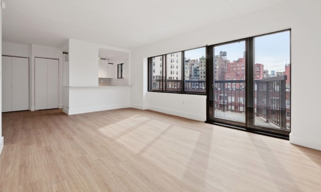 1 Bedroom, Chelsea Rental in NYC for $7,518 - Photo 2