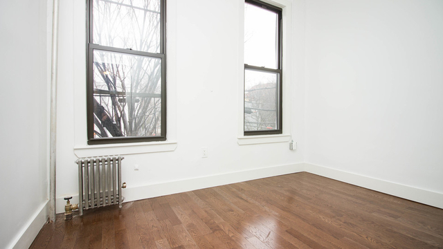 3 Bedrooms, Bedford-Stuyvesant Rental in NYC for $1,950 - Photo 2