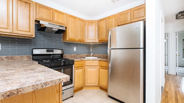 3 Bedrooms, Weeksville Rental in NYC for $2,750 - Photo 1