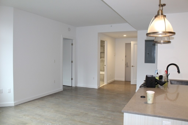 2 Bedrooms, Prospect Lefferts Gardens Rental in NYC for $3,950 - Photo 2